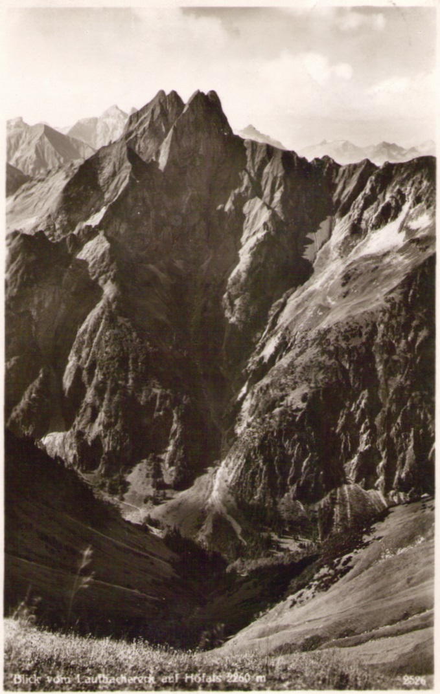 1059_Hoefats vom Laufbachereck um 1930p.jpg