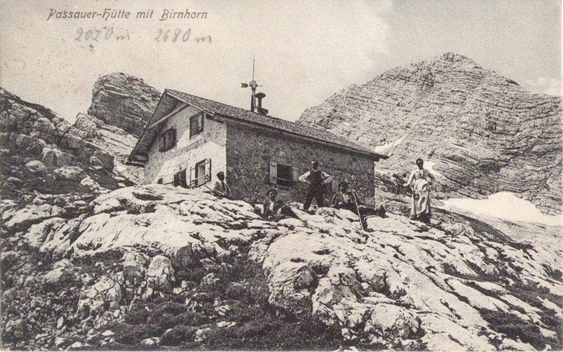 932_Passauer Huette mit Birnhorn um 1900p.jpg