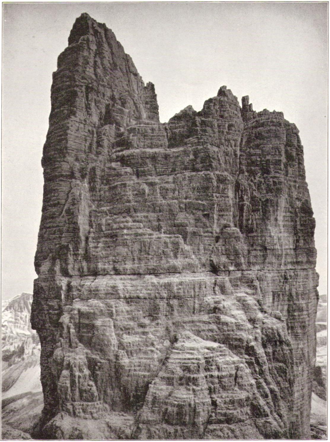 Adolf Witzenmann05 Kleine Zinne Westwand von der Grossen Zinnep.jpg