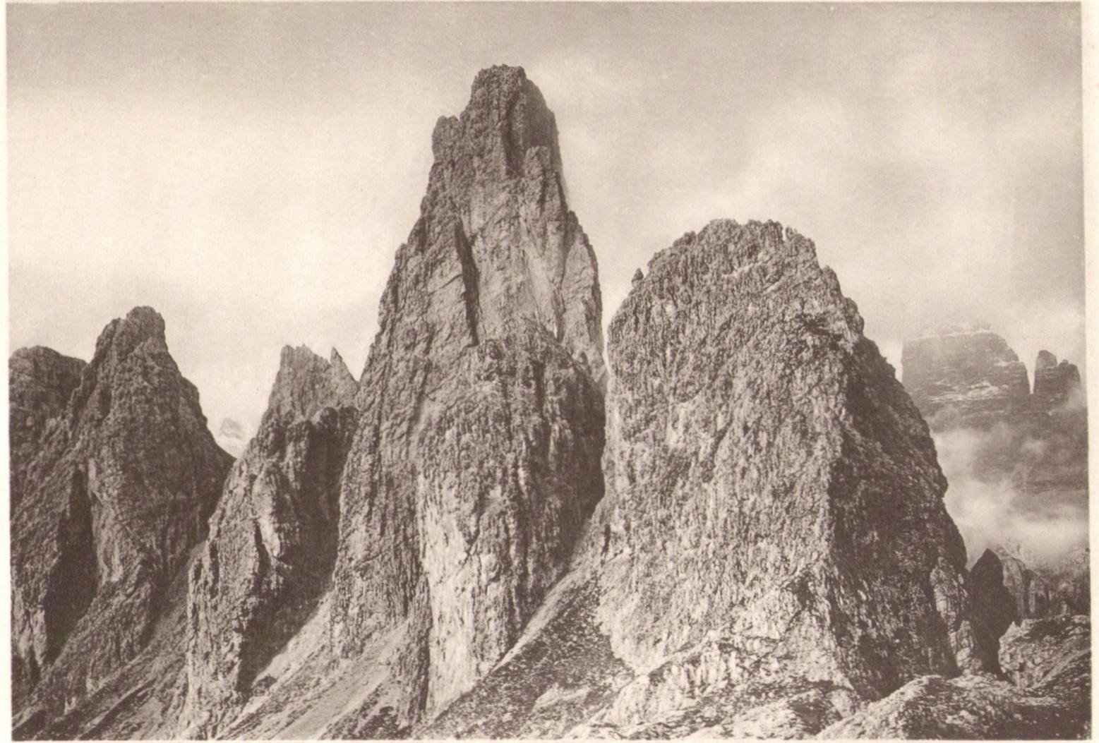 Adolf Witzenmann11 Kleiner Popena Wundtspitze von Suedenp.jpg